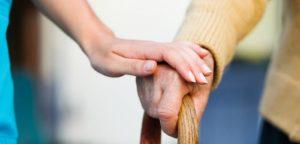Comment peut-on réduire les chutes chez les personnes âgées ?