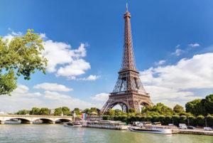 Visiter Paris en profitant d'une visite guidée en bus