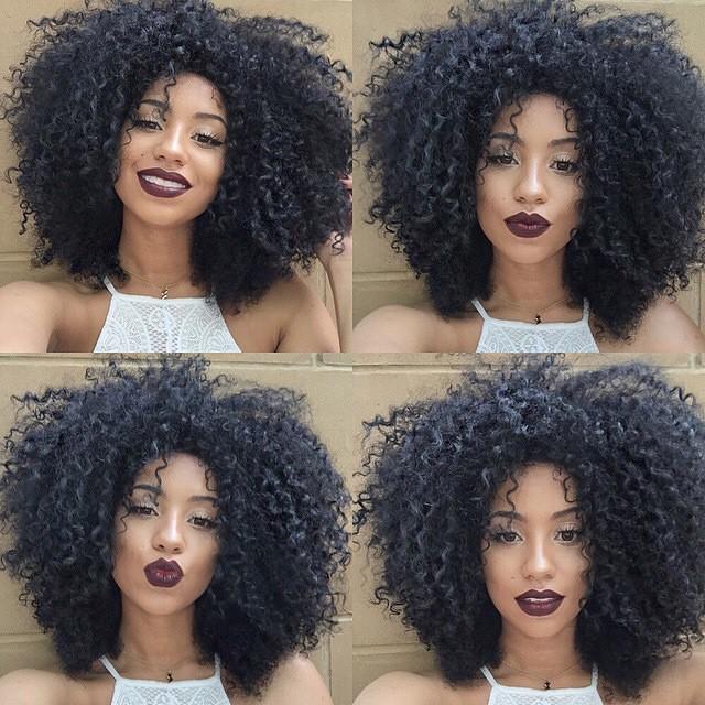 Cheveux bouclés : 4 astuces à mettre en pratique pour les entretenir