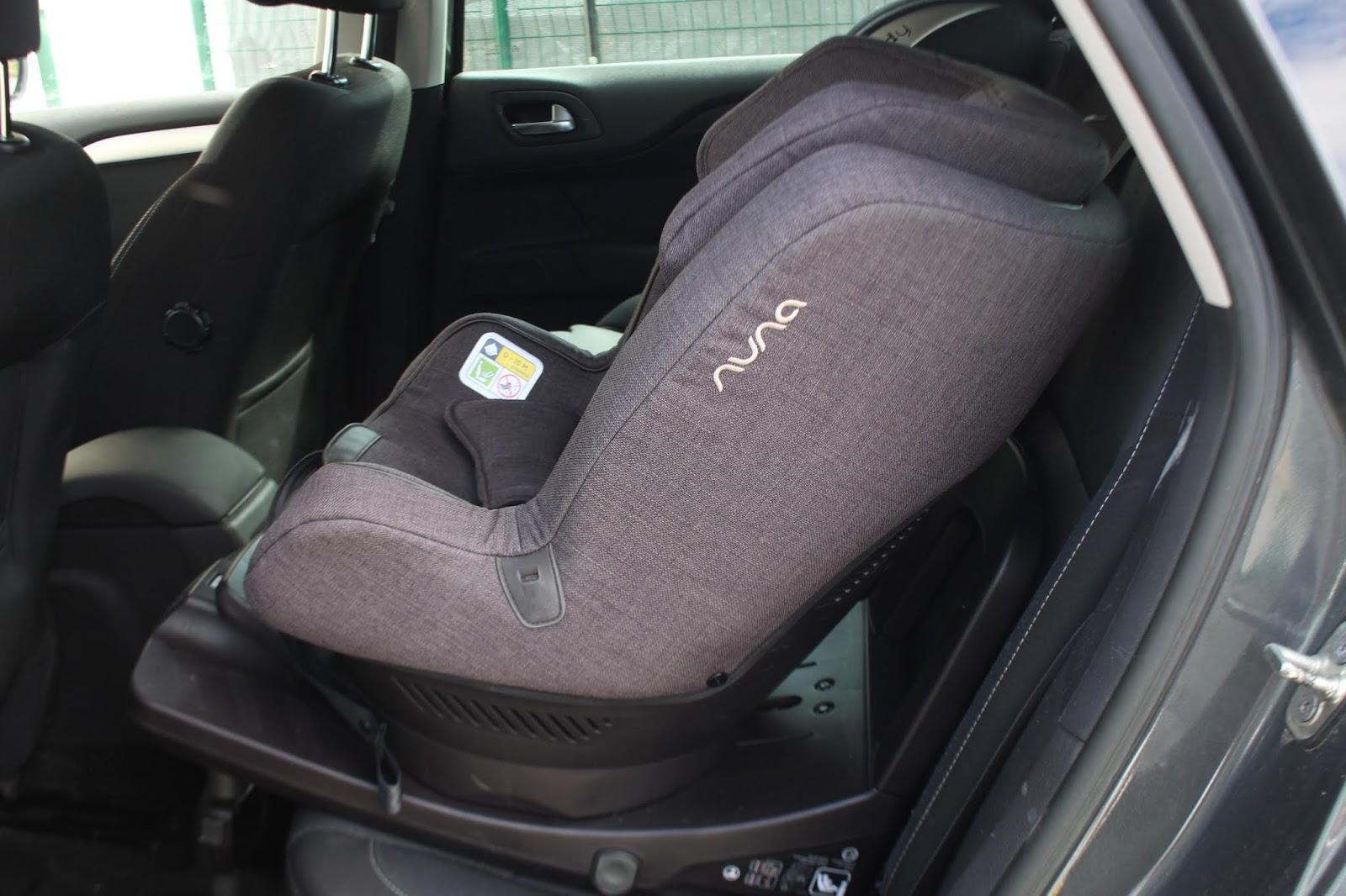 Comment bien installer un siège auto ?