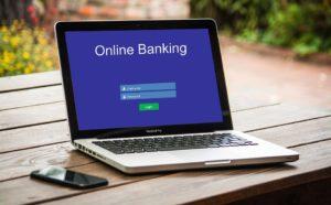 Pourquoi opter pour une banque en ligne?