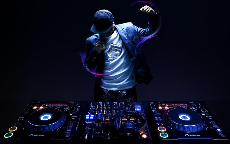 Réussir sa fête à l'aide d'un DJ dématérialisé