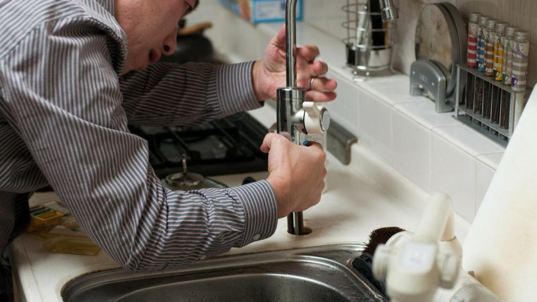 Comment trouver un plombier facilement ?